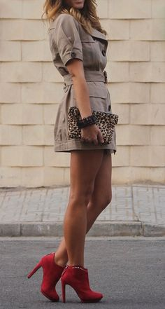 Classy Sophisticate Look with Neutral Colors ...