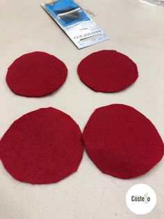 Step-by-step tutorial to make Super Easy Felt Poppies. Can be used for on a wreath or as a Poppy Brooch. Felt Crafts Diy, Felt Diy, Christmas Yarn Wreaths, Autumn Wreaths, Easter Wreaths, Crochet Poppy Pattern, Burlap Flower Tutorial, Felt Flowers Patterns, Remembrance Day Poppy