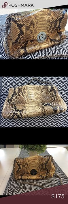 Henri Bendel Purse Never used, in excellent condition Henri Bendel purse. Measures approximately 9.75in x  5.5in. Very small and faint scratch on the emblem. No trades, thanks for looking! henri bendel Bags Shoulder Bags
