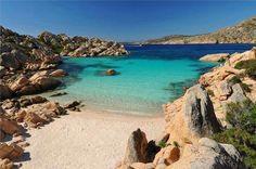 10 meravigliose spiagge dell'Arcipelago della Maddalena, in Sardegna