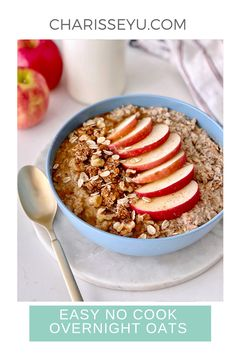 If you haven't tried overnight oats, you have to give it a whirl. It's easy and delicious. This apple cinnamon overnights oats recipe requires no cooking and it takes just 3 minutes to prep. Perfect for breakfast! Easy Toddler Meals, Easy Meals For Kids, Easy Snacks, Easy Healthy Recipes, Healthy Food, Quick And Easy Breakfast, Breakfast On The Go, Oats Recipes, Apple Recipes
