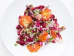 Blutorangen-Radicchio-Salat mit Pecorino und Radieschensprossen