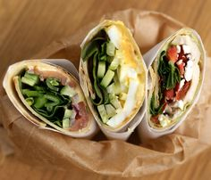 Har du lyst på litt matpakke-inspirasjon? Wraps i mange varianter er både enkelt, velsmakende og næringsrikt. Du kan fylle wraps med både fettsyrer, proteiner og… Fresh Rolls, Protein, Brunch, Wraps, Food And Drink, Mexican, Ethnic Recipes, Diet, Rolls