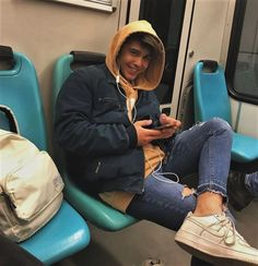 ♥ best fashion style for teens boys outfit ideas 1 Teen Boy Fashion, Toddler Fashion, Men's Fashion, Winter Fashion, Tumblr Outfits, Boy Outfits, Fotos Tumblr Boy, Cute White Boys, Poses
