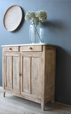 Capture d'écran à 14 Upcycled Furniture, Painted Furniture, Diy Furniture, Boys Bedroom Furniture, Living Furniture, Sala Vintage, Home Interior, Interior Design, Country Dining Rooms