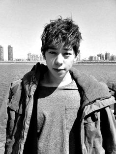I don't understand how Taewoon looks more like Kyung than he does Zico