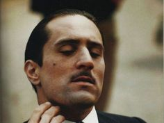 "Robert De Niro - young don Vito Corleone in ""the Godfather II"" The Godfather Part Ii, Godfather Movie, Al Pacino, Marlon Brando, Taxi Driver 1976, Movie Stars, Movie Tv, Don Corleone, Gangster Movies"