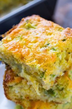Cheesy Broccoli Cornbread Cheesy Broccoli Cornbread - Have been making this moist cornbread for years, but never thought to add the cheese. So good with the melty cheese. Broccoli Cornbread, Mexican Cornbread Casserole, Jiffy Cornbread Recipes, Moist Cornbread, Cornbread Salad, Casserole Recipes, Cheesy Cornbread, Casserole Dishes, Veggie Recipes