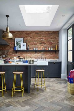 Kitchen Ideas: Powder Blue, Navy Blue & Dark Kitchen Inspiration A bonus to love a color, blue, that is also trending.a block of color is also easy to change.The Classic Kitchen Color TrendIDEAS IDEAS may stand for: Kitchen Decorating, Home Decor Kitchen, Kitchen Interior, New Kitchen, Kitchen Brick, Awesome Kitchen, Exposed Brick Kitchen, Exposed Brick Walls, Modern Interior