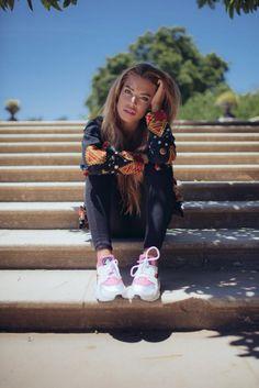 La nouvelle collection arrive bientôt chez Nina Kaufmann ! #new #collection #clothes #boho #gypsy #veste #ninakaufmannofficial #ninakaufmann #fashion with the gorgeous Jessica Goicoechea