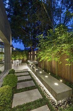 43 Creative Side Yard Garden Design Ideas For Summer – Backyard inspiration – - amazing garden ideas Modern Garden Design, Backyard Garden Design, Backyard Patio, Modern Design, House Yard Design, Backyard Trees, Garden Villa, Garden Bed, Patio Design