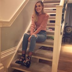 Trendy Outfits, Cool Outfits, Fashion Outfits, Marzia Bisognin, Ripped Jeans Outfit, Plus Size Jeans, Fall Winter Outfits, Ladies Dress Design, Jean Outfits