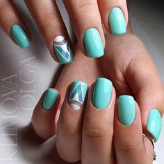 Accurate nails, Cool nails, Geometric nails, Medium nails, Nails trends 2017, ring finger nails, Square nails, Triangle nails