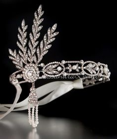 Great Gatsby Wedding Headpiece with Rhinestones and Pearls - Maybe for my 25th Wedding Anniversary - Renew the vows wearing this????  Love it!!!