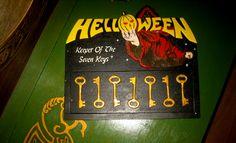 Portallaves Helloween: Keeper of the seven keys.  Trabajo en proceso... Cake, Desserts, Food, Geek Crafts, Drawers, Hand Made, Tailgate Desserts, Deserts, Kuchen