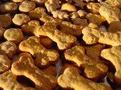 Lick The Bowl Good: Autumn's Birthday Cookies Bacon & Cheese Doggie Treats Puppy Treats, Diy Dog Treats, Homemade Dog Treats, Dog Treat Recipes, Dog Food Recipes, Cooking Recipes, Yummy Recipes, Cheese Dog, Dog Cookies
