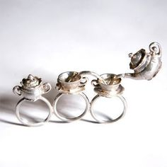 Teacup ring. ^_^