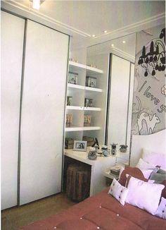 criado mudo integrado ao guarda roupa estante nichos cama solta quarto adolescente pré adolescente