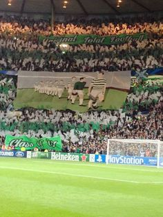Una cartolina da Glasgow; Celtic Football Club vs Ajax #ultras