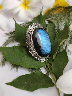 Labradorite Ring Sterling Silver Ring Promise Ring by Jhunga g Silver Rings Handmade, Sterling Silver Rings, 925 Silver, Jewelry For Her, Nice Jewelry, Jewelry Making, Labradorite Ring, Blue Rings, Promise Rings