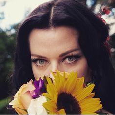 Deb Mazar Debi Mazar, Timeless Beauty, Actors & Actresses, Womens Fashion, Photography, Jewelry, People, Inspiration, Biblical Inspiration
