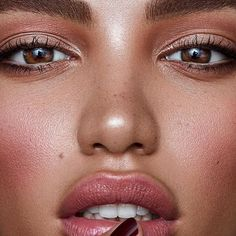 Look At This Article For The Best Beauty Advice – Vanity Dreams Nude Makeup, Brown Makeup, Soft Makeup, Makeup Looks, Hair Makeup, Highlighter Makeup, Dewy Makeup, Simple Makeup, Makeup Inspo