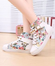 cheap floral casual shoes for teenager girls.   Not just teenagers!Tweens to!