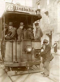 Berlin: Tram, 1920.