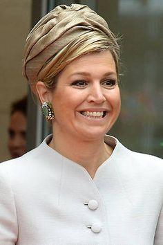 Máxima de Holanda, con turbante