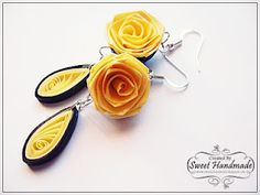 Creamy Rose - Quilled Earrings - Dear friends and visitors see you after 2 weeks! Paper Quilling Earrings, Paper Quilling Flowers, Quilling Art, Paper Jewelry, Paper Beads, Jewelry Art, Jewellery, Paper Quilling Tutorial, Quilling Designs