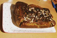 Selbstgemachtes Chia-Eiweißbrot  #selfmade #chia #eiweiß #brot #protein #bread #glutenfrei #glutenfrei #delicious #fitfam #abnehmen #weightloss  #healthy #lowcarb #clean #missiontraumbody @mybodyartist by tamaraxschuetz