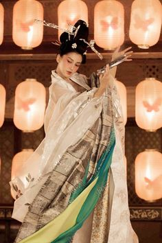 """mingsonjia:  """" Angelababy plays a Yiji in movie - """"Young Detective Dee: Rise of the Sea Dragon""""  *Yiji is a high-class courtesan in ancient China who performed music and arts to please dignitaries and intellectuals. It no longer exists after the fall..."""