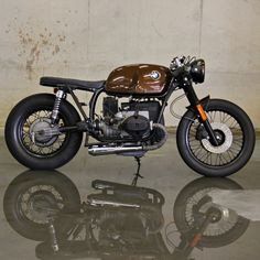 1981 BMW R80 Cafe Racer by Ironwood Custom Motorcycles #caferacer #bratstyle