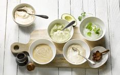 Recept 5 x sausjes voor bij de bbq (koolhydraatarm)   koolhydraatarme sausjes maken   Koolhydraatarme sausjes maken? Barbecue Sides, Bbq Salads, Green Egg Recipes, Low Carb Sauces, Dressing Recipe, Bbq Grill, Outdoor Cooking, Grilling Recipes, Catering