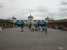 Hastings Pier on Flickr - some great new (old) shots added