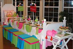 Love this idea of making the table look like a bed!