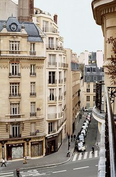 France <3 Do they know how lucky they are to live there? Ugh. I want to live in Europe so freaking bad.