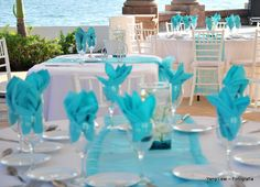 Montaje de mesas para bodas, color menta. Wedding decoration for tables.