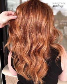 Don't you just ❤️️ this Copper with a soft Balayage to create believable dimension that created who just SWITCHED… Balayage Hair Copper, Soft Balayage, Copper Red Hair, Hair Color Balayage, Light Copper Hair, Red Hair With Balayage, Copper Hair Colors, Auburn Hair Balayage, Hair Color Auburn