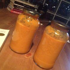 Juice for days. Oranges. Lettuce. Carrots. Pears. Celery. Apples.