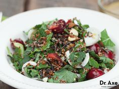 This Quinoa Salad with Dark Cherries and Kale recipe is a refreshing, delicious and healthy addition to any meal!