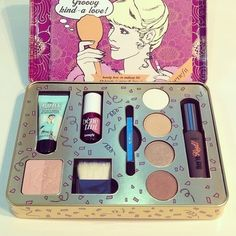 ☆♡☆ I got this one for xmas- it'd amazing Chanel lipstick Giveaway Benefit Makeup, Mac Makeup, Benefit Cosmetics, Love Makeup, Makeup Cosmetics, Makeup Set, Makeup Ideas, Beauty Make-up, Beauty Skin