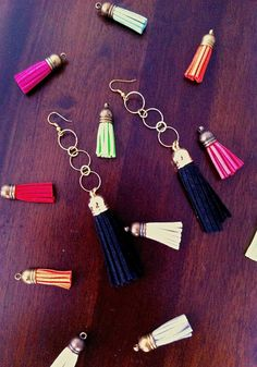 5 minute long tassel earring DIY project on hapinesswherever.wordpress.com Make a statement with colour!