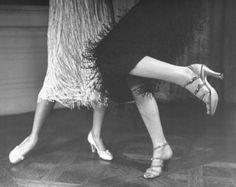 dance flapper, dance all new-year eve long