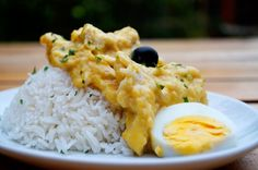 This aji de gallina recipe (pronounced a-hee de ga-yeena) is one of those dishes that visitors to Peru tend to remember the most. This spicy, creamy chicken dish is easy to prepare, and has a delicious warmth and depth of flavour from the unusual mix of ingredients. We urge you to try it - and bet y