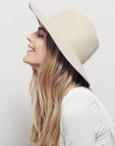 might have found the perfect felt hat for spring - find more inspirations for your friday on jojotastic.com