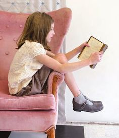 I Love Books, Good Books, Books To Read, Photography Kids, Fashion Mode, Kids Fashion, Olive Juice, Storybook Cottage, Children Photography