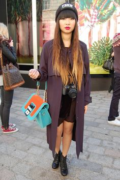 Oversized trench coat with a bag that pops!