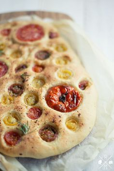 Perfect tomato flatbread. #recipe