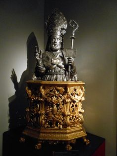 New Liturgical Movement: Sacred Sculptures on Display at the Vatican (Final Post) Aachen Cathedral, Gods And Goddesses, Vatican, Ancient Art, Snow Globes, Book Art, Sculptures, Display, History